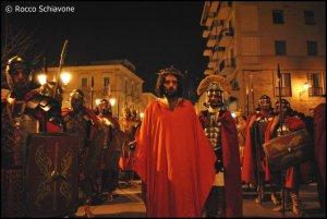 La Passio Christi per le vie di Cerignola (foto di Rocco Schiavone)