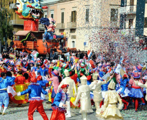 Una sfilata di carnevale