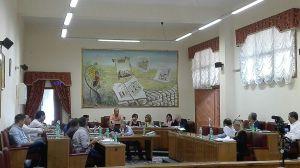 La discussione in consiglio per la revoca degli aumenti TARI, foto di Massimo Meccola