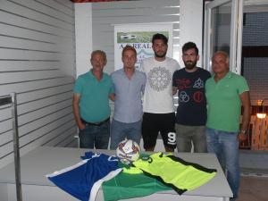 Costa, Arito e Pensa con il presidente della Real Siti Mario Fiordelisi ed il vice Peppino Rotordam