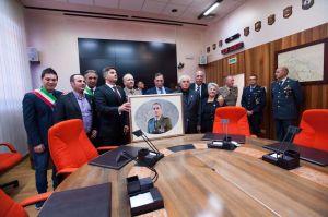 Le autorità ed i familiari all'intitolazione dell'aula presso Palazzo Carli