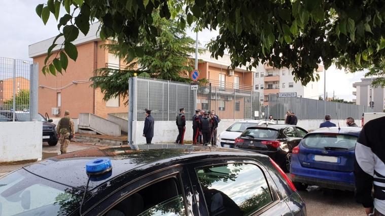 La caserma di Orta Nova dopo gli arresti, foto di Luca Caporale